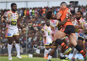 Photo by Kalakai Photo Rd 18 Country Week PNG Hunters V Suzuki Easts Tigers in Wabag