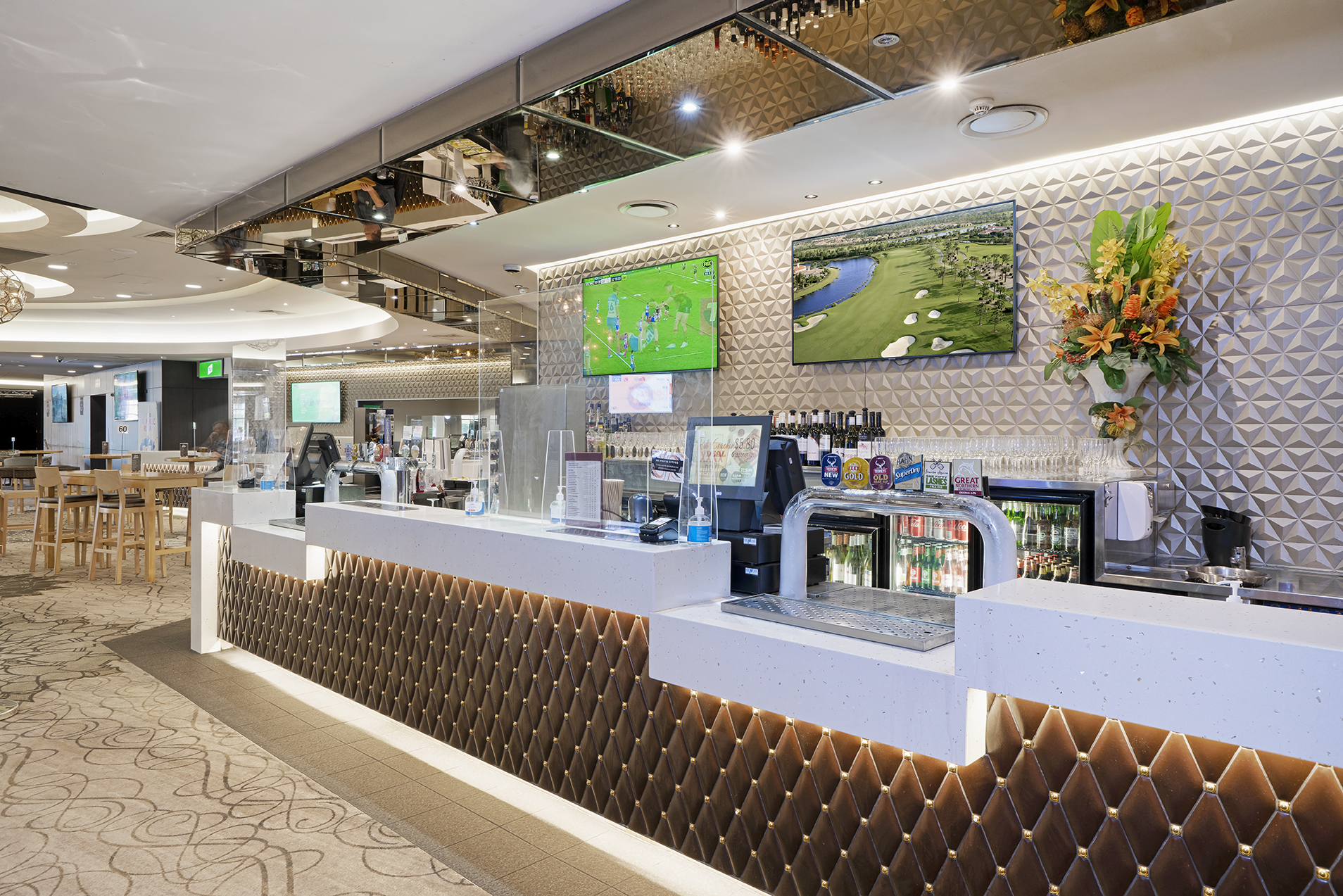 Easts Leagues Club Main Bar and Lounge