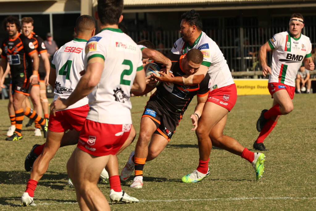 Brenko Lee with the ball.  Photo by Jorja Brinums/QRL